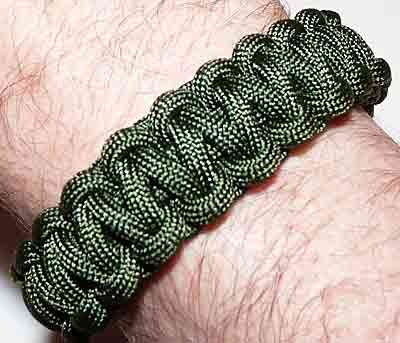 How To Make A 1 Color Cobra Paracord Survival Bracelet